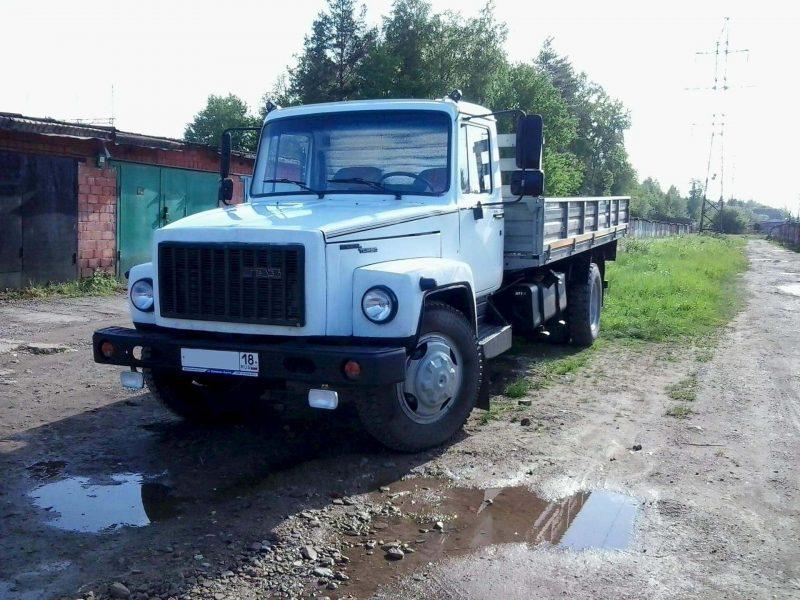 ГАЗ-3309 вид спереди
