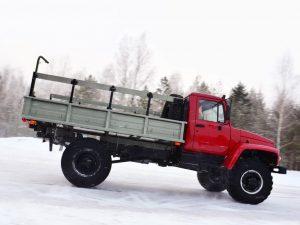 ГАЗ-3308 вид сбоку