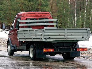 ГАЗ-3310 вид сзади