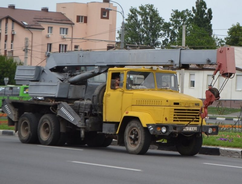 КрАЗ-250 автокран