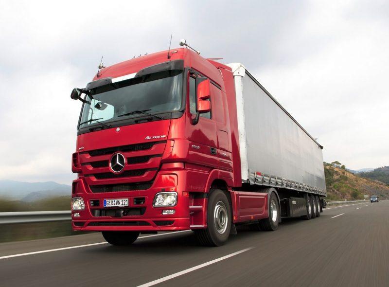 Фото Mercedes-Benz Actros третьего поколения