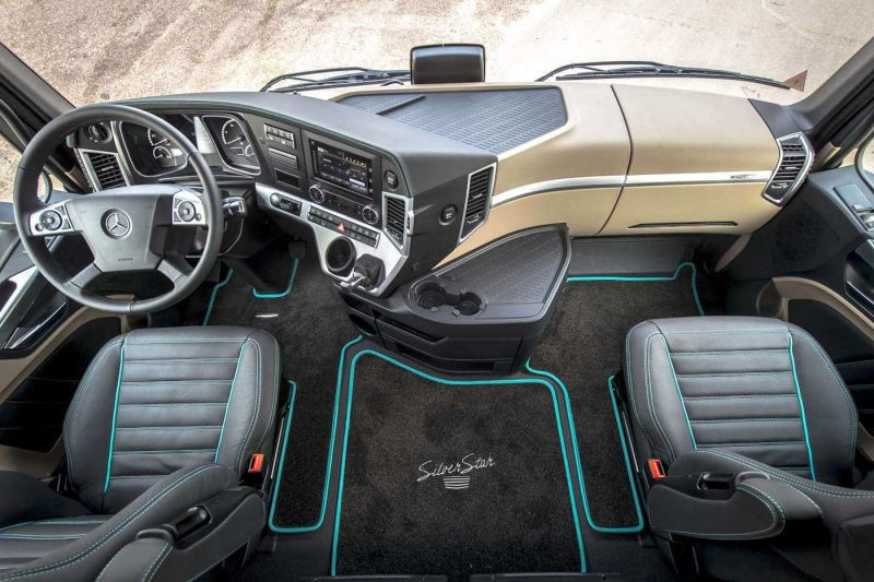 Салон Mercedes-Benz Actros четвертого поколения