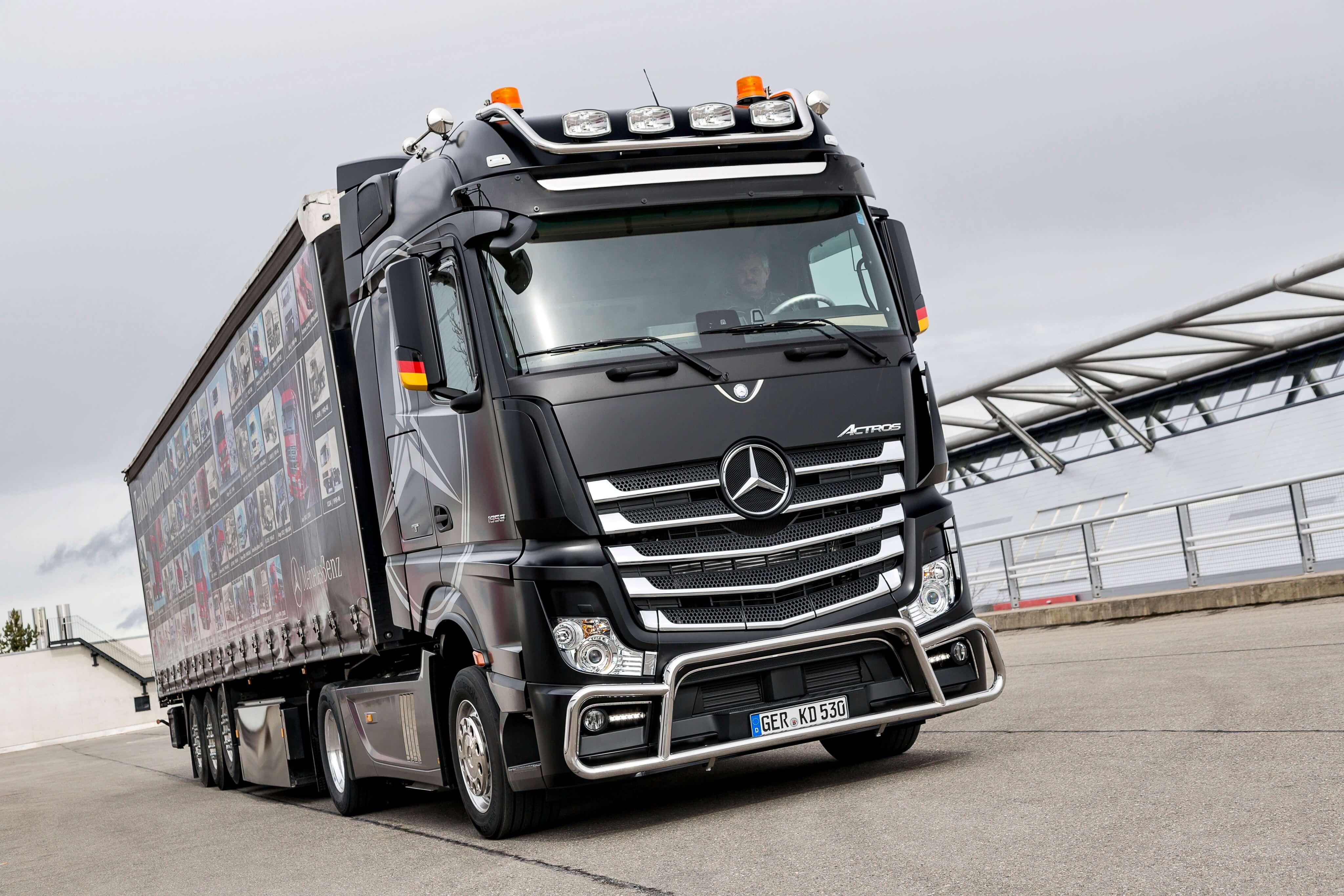 снабжено линейным мерседес грузовые автомобили фото новые часть