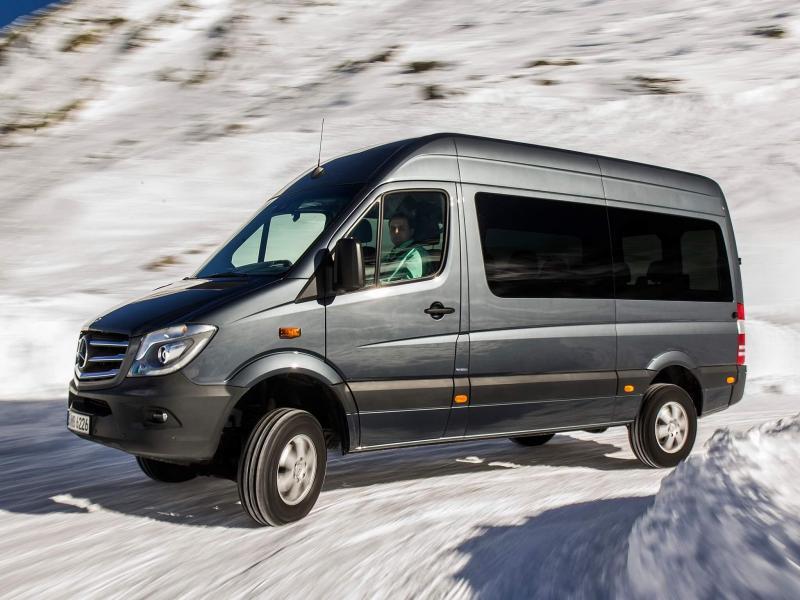 Новый микроавтобус Mercedes-Benz Sprinter