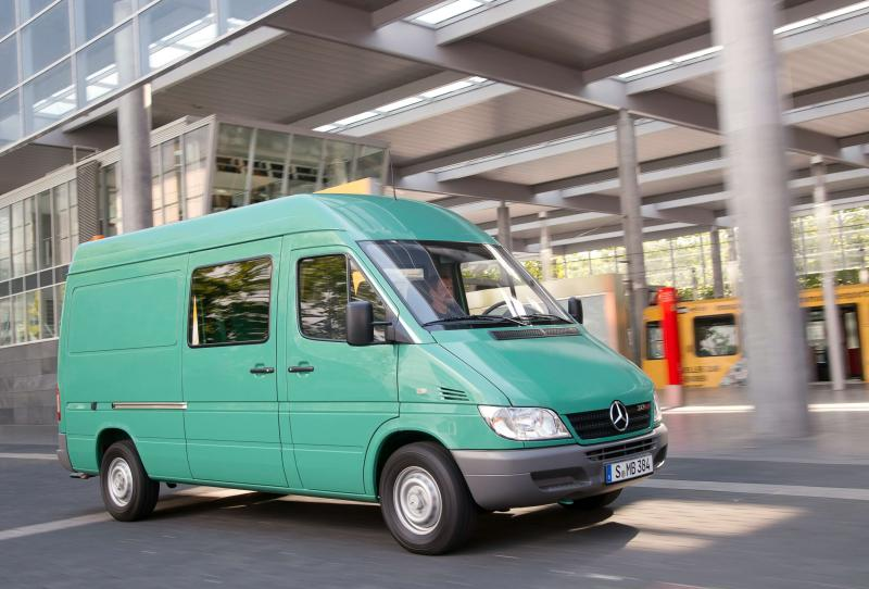 Авто Mercedes-Benz Sprinter второго поколения