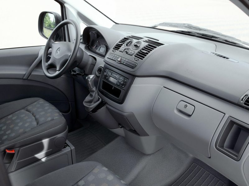 Mercedes-Benz Vito интерьер