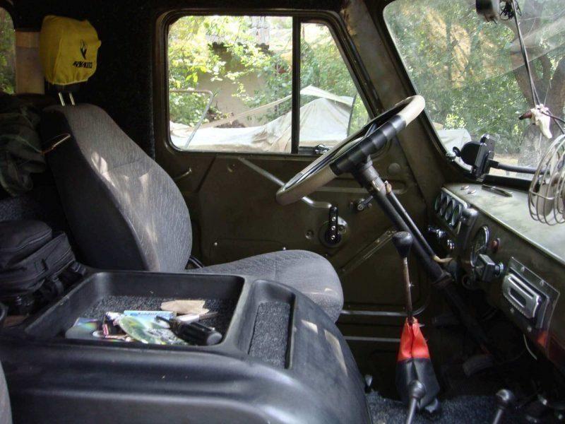 УАЗ-452 салон
