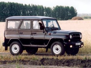 Автомобиль УАЗ Хантер