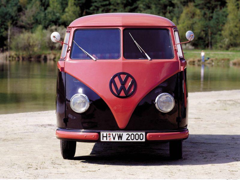 Фото Volkswagen Transporter Т1 1950 года