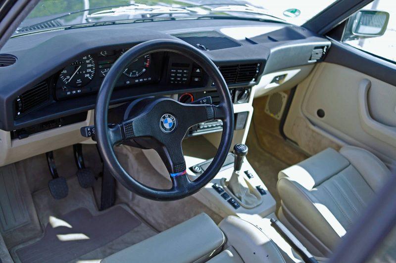Салон BMW M535i Е28
