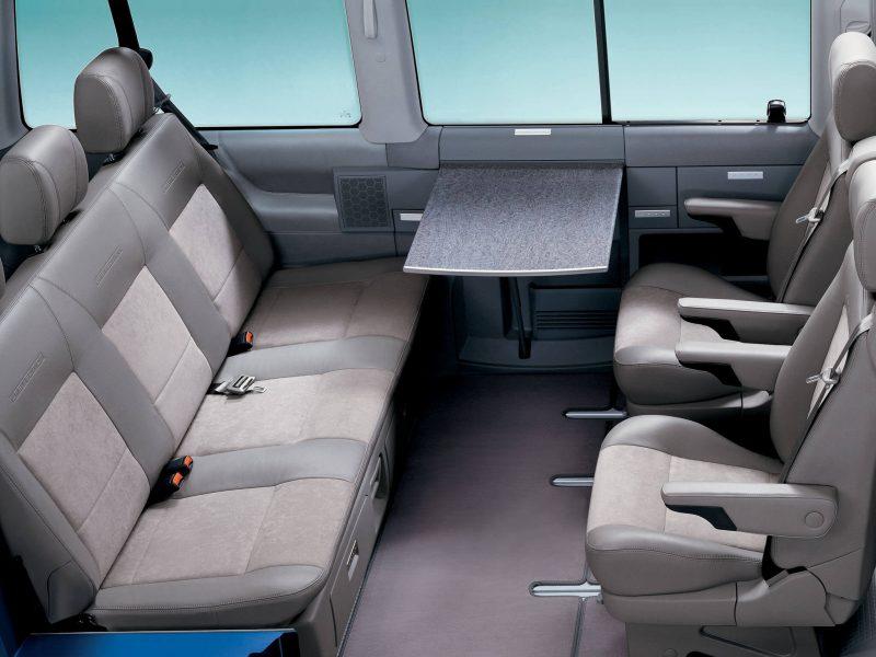 Интерьер Volkswagen Multivan (T4)