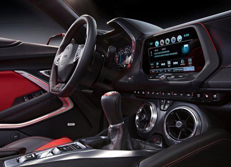 Дисплей Chevrolet Camaro