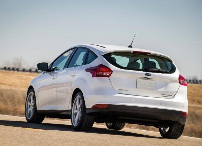 Вид сзади Ford Focus