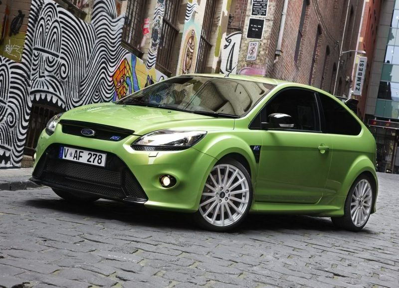Авто Ford Focus RS 2009 года
