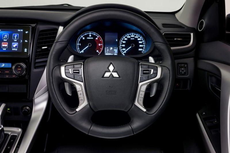 Рулевое колесо Mitsubishi Pajero Sport 3