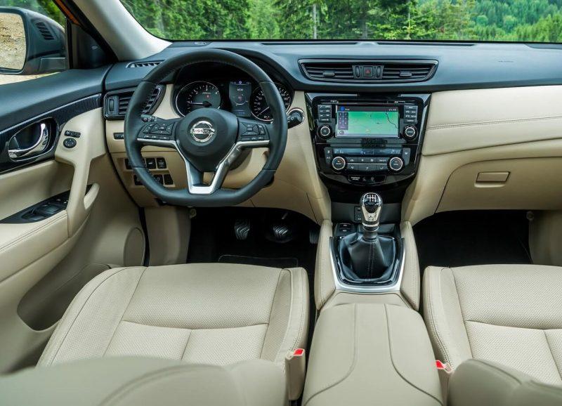 Салон нового Nissan X-Trail