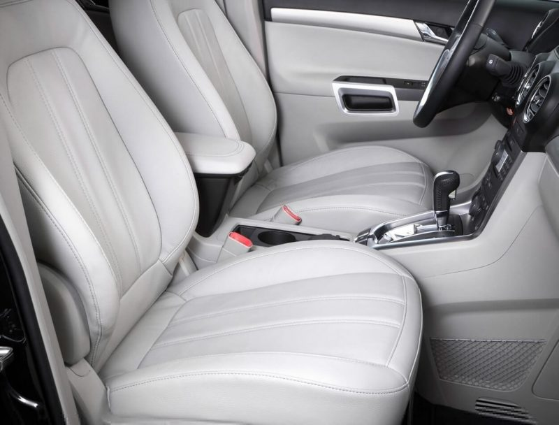 Opel Antara передние сиденья