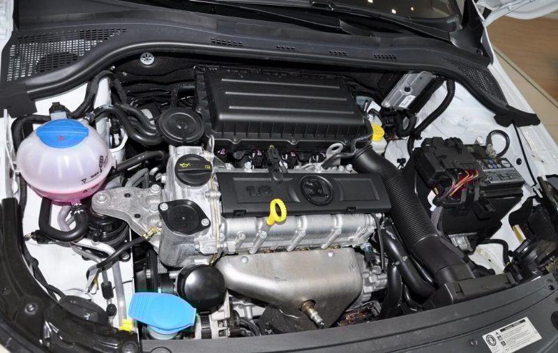 Skoda Rapid двигатель 1.6-литровый мотор