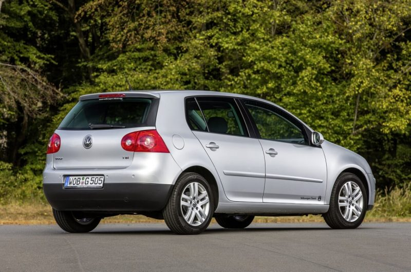 Фото Volkswagen Golf 5