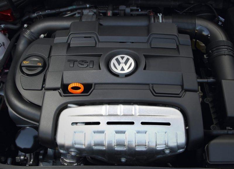 Бензиновый двигатель Volkswagen Golf 6