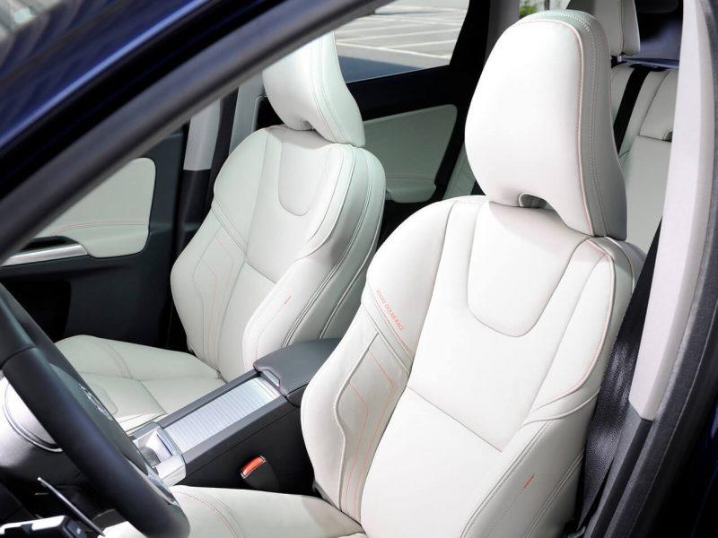 Volvo XC60 передние сиденья