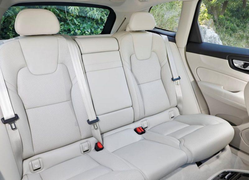 Задние кресла Volvo XC60