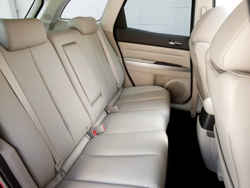 Задние кресла Mazda CX-7