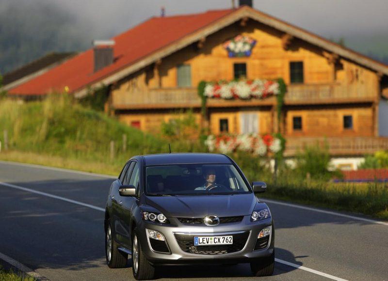 Авто Mazda CX-7 2010