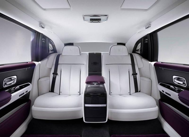 Задние кресла Rolls-Royce Phantom VIII