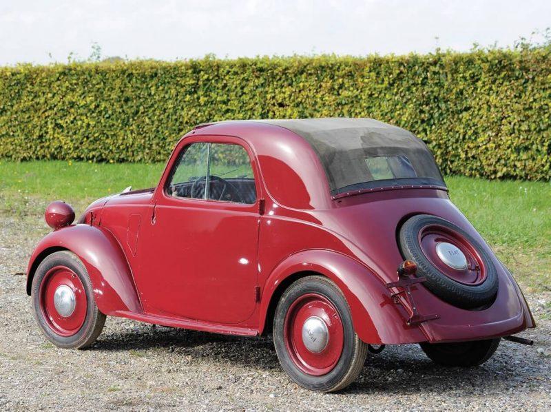 Вид сзади Fiat Topolino