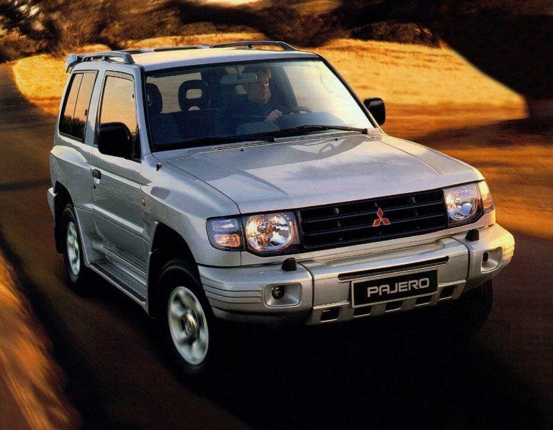 Авто Mitsubishi Pajero 1997