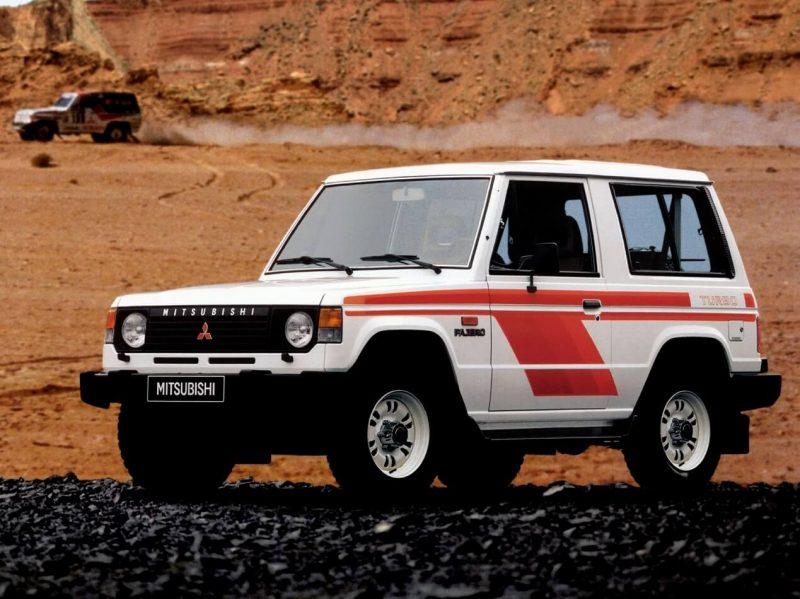 Авто Mitsubishi Pajero 1982