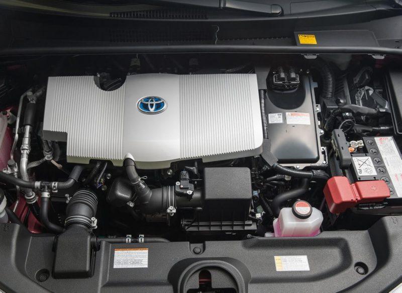 Toyota Prius IV двигатель