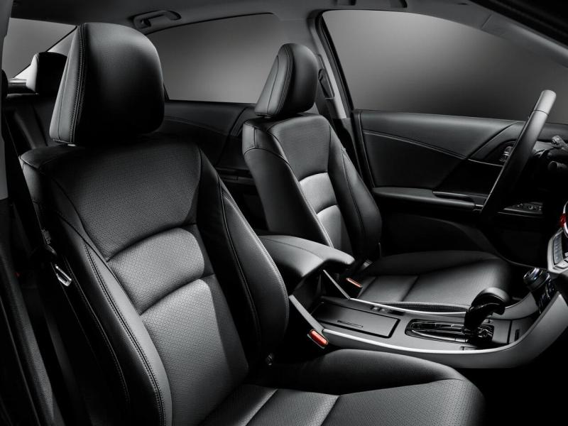 Honda Accord IX передние кресла