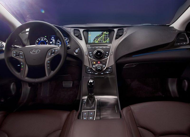 Фото салона Hyundai Grandeur HG
