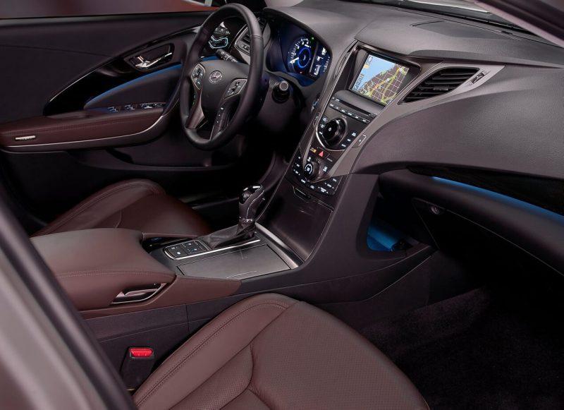 Салон Hyundai Grandeur V