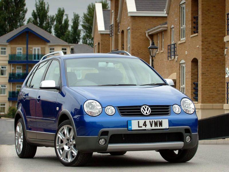 Авто Volkswagen Polo 2004