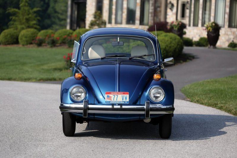 Авто Volkswagen Beetle 1977