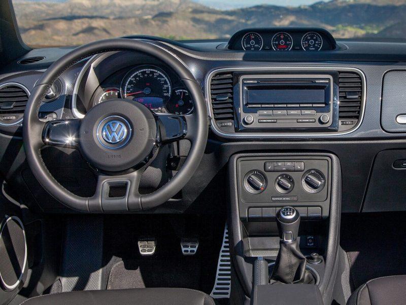 Volkswagen Beetle 3 передня панель