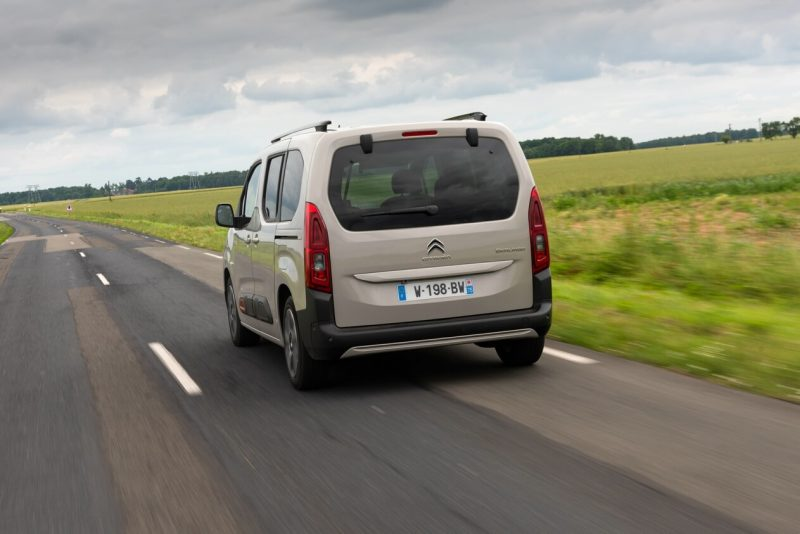 Citroën Berlingo Multispace вид сзади