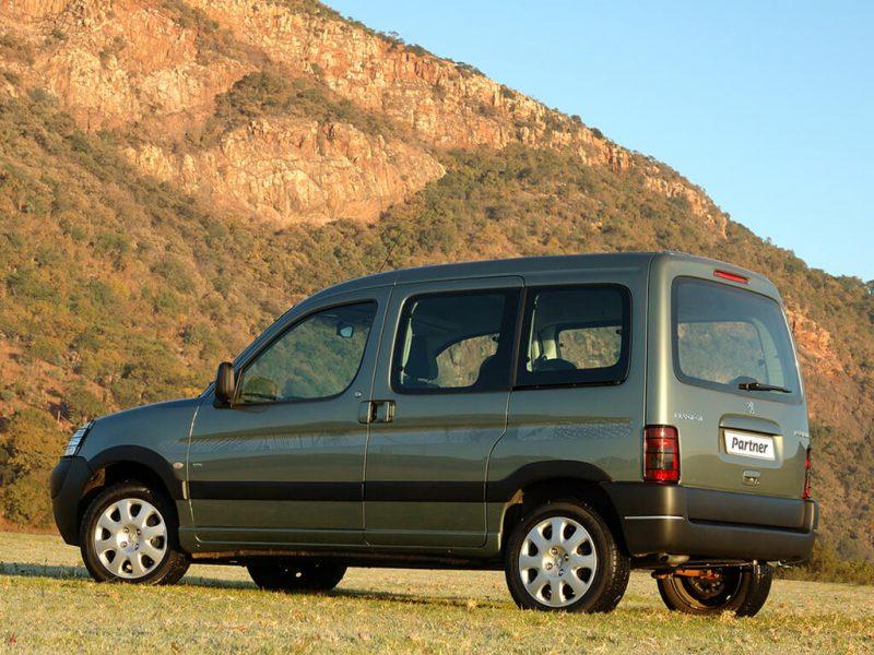Авто Peugeot Partner 2002