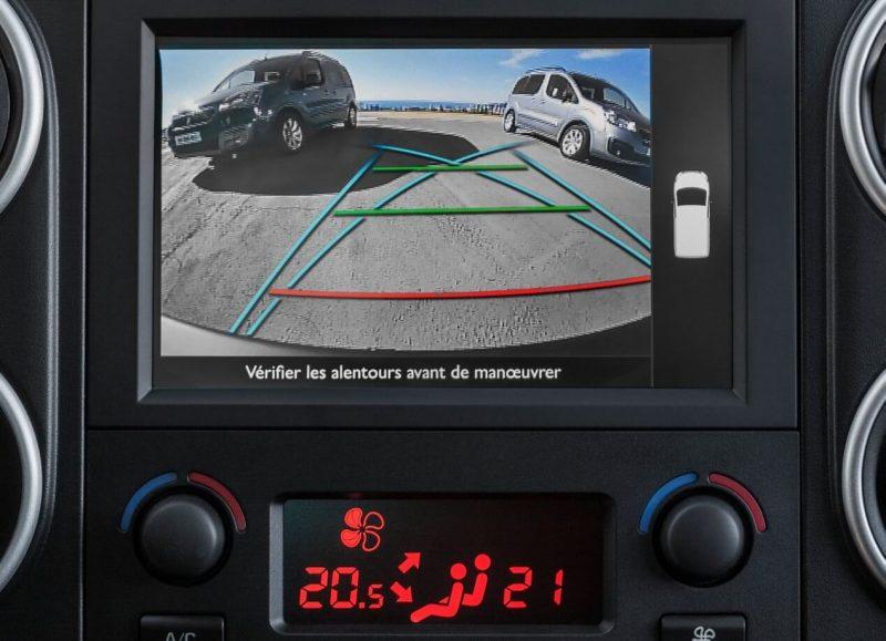 Peugeot Partner камера заднего вида