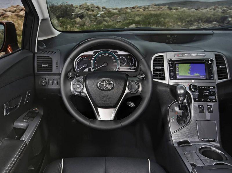 Руль Toyota Venza