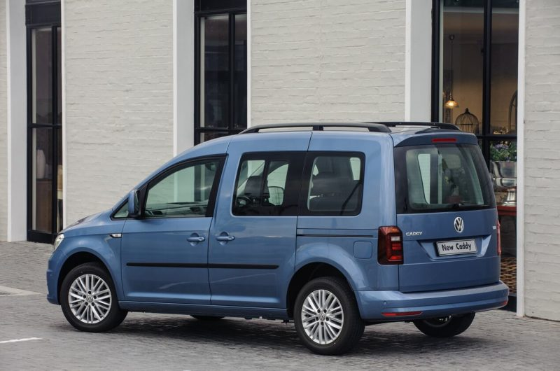 Авто Volkswagen Caddy IV