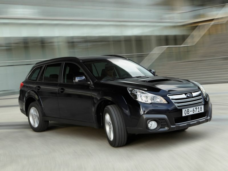 Авто Subaru Outback IV