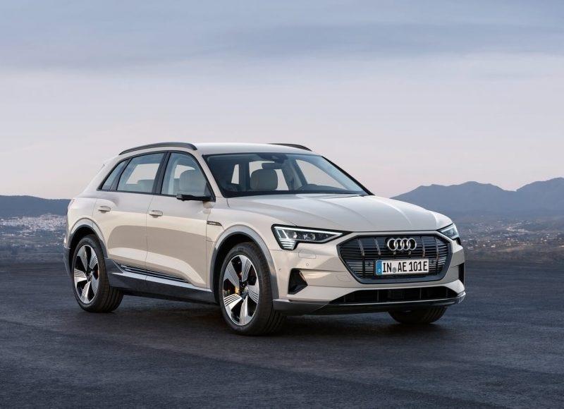 Audi e-tron 2018 года
