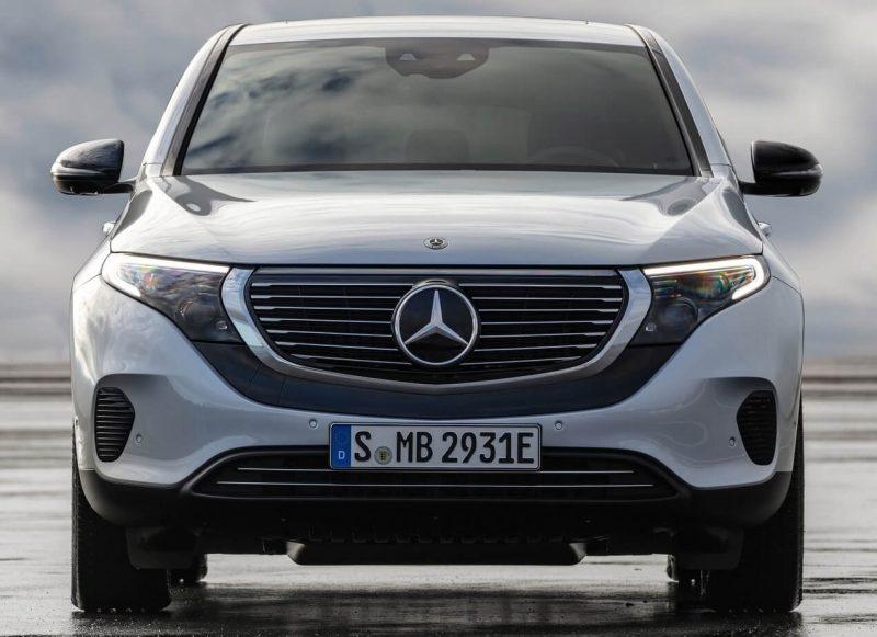 Первые живые фото серийного электрического Mercedes Benz EQC