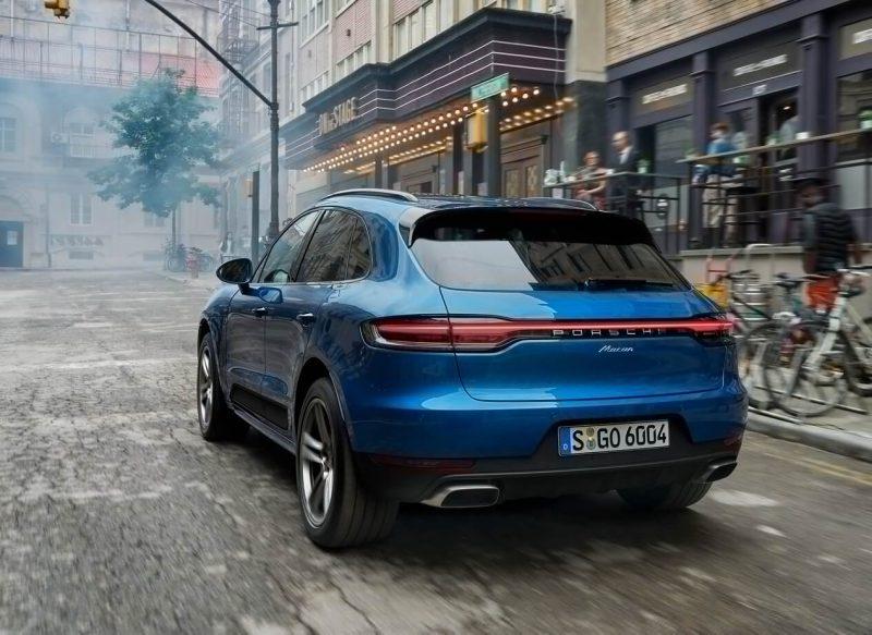 Вид сзади Porsche Macan