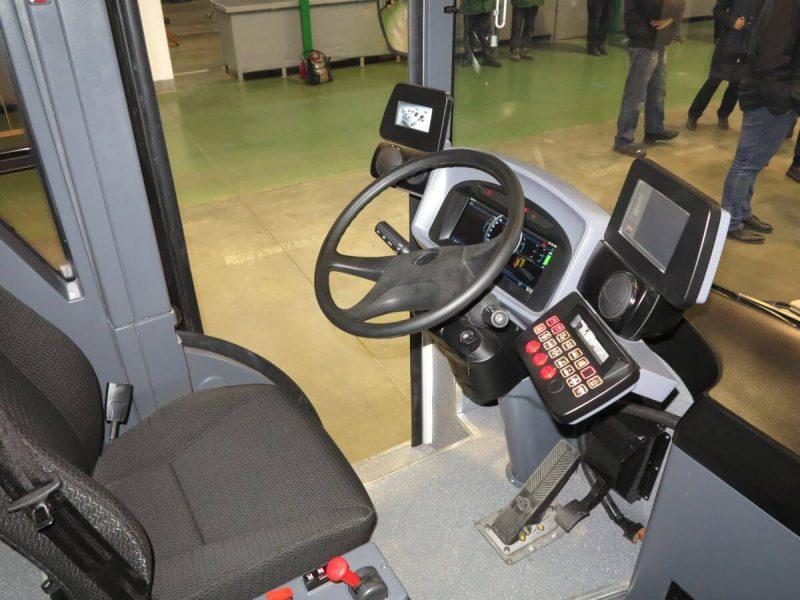 Богдан продемонстрировал первый электрический грузовик украинской сборки ERCV27 Banke