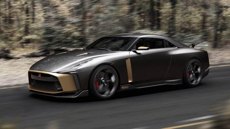 Спорткар Nissan GT-R50
